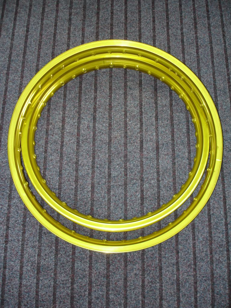 Yellow anodised rims